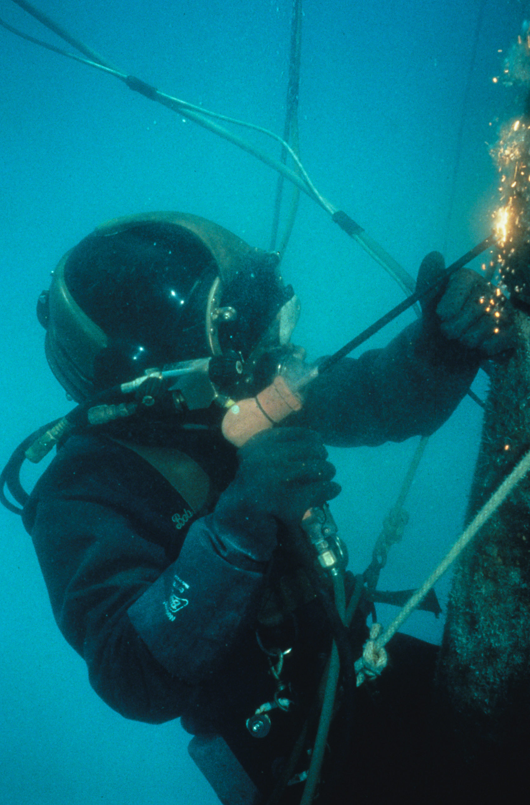 A picture depicting diving services